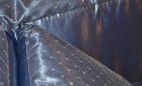 Diamante aderente avio particolare tessuto