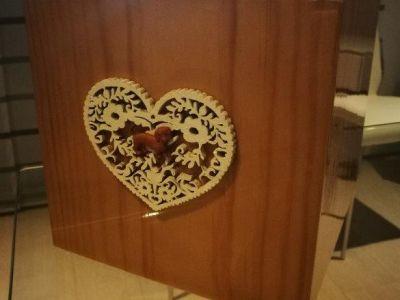 urna cubo lucida con cuore